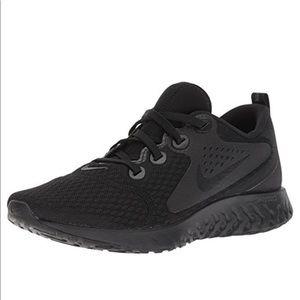 Nike Women's Legend React Size 8